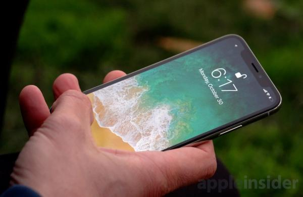 photo image iPhone X impresses Windows executive, Android fans but bitter bloggers still hating
