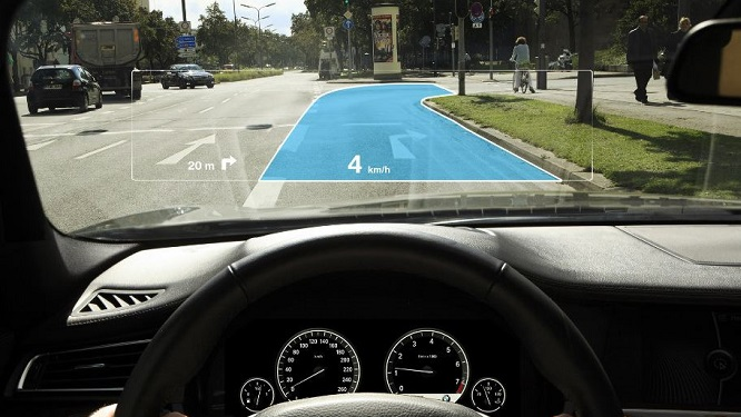 photo image Apple Invents an Augmented Reality Windshield that will even Support FaceTime Calls between Different Vehicles