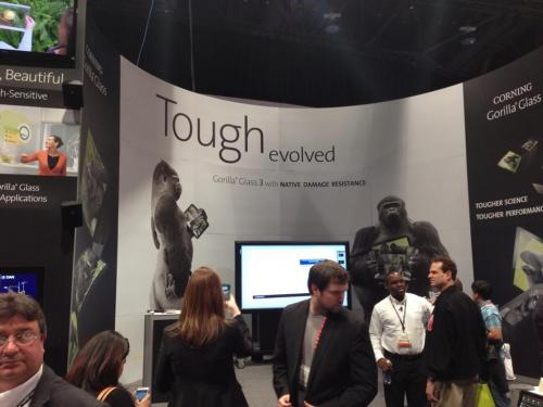photo image This is how strong Corning's new Gorilla Glass 3 is