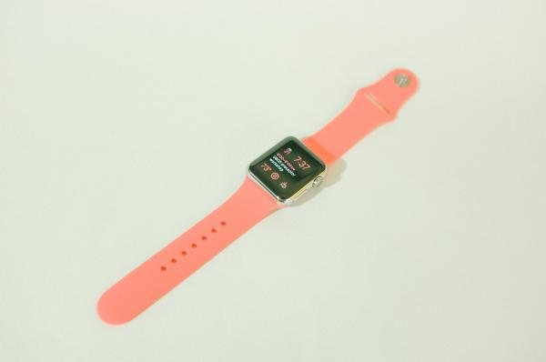 Hands-On: Replica Apple Watch Sports Band in Pink