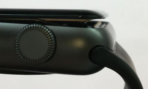 photo image Apple Now Offering Free Repairs of 42mm Apple Watch Series 2 Models With Swollen Batteries