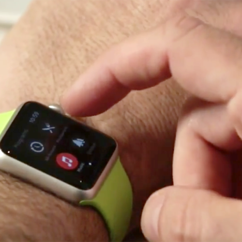 Man gets $120 ticket for changing music with his Apple Watch while driving