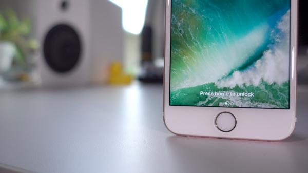 Latest 'bug' causes iOS to crash when certain Control Center options selected