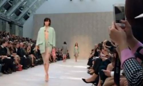 photo image New iPhone 5s camera with slow-mo 120fps video demonstrated at Burberry fashion show