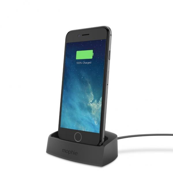 Charge your iPhone 6 in style with Mophie's Lightning Desktop Dock