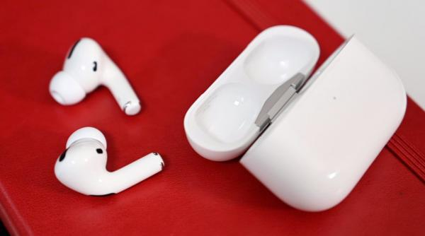 'AirPods Pro Lite' allegedly very close…