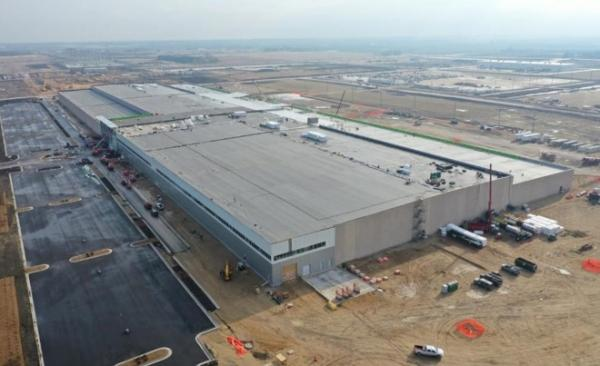 Foxconn to produce Google server components at troubled Wisconsin plant