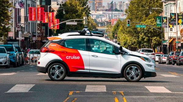 Microsoft partners with GM subsidiary Cruise on self-driving cars