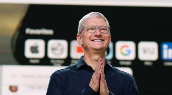 photo of Cook 'excited' about progress of Apple Silicon transition image