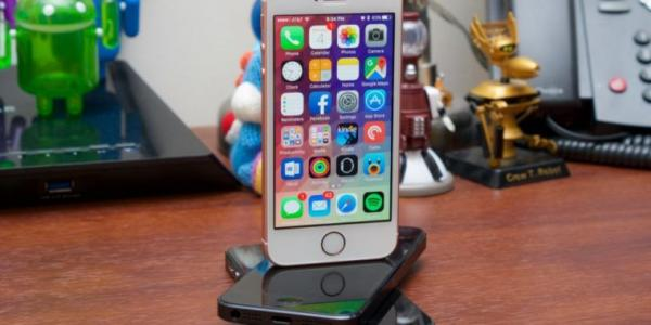 photo of Dealmaster: The iPhone SE is back (again) at Apple, starting at $249 image