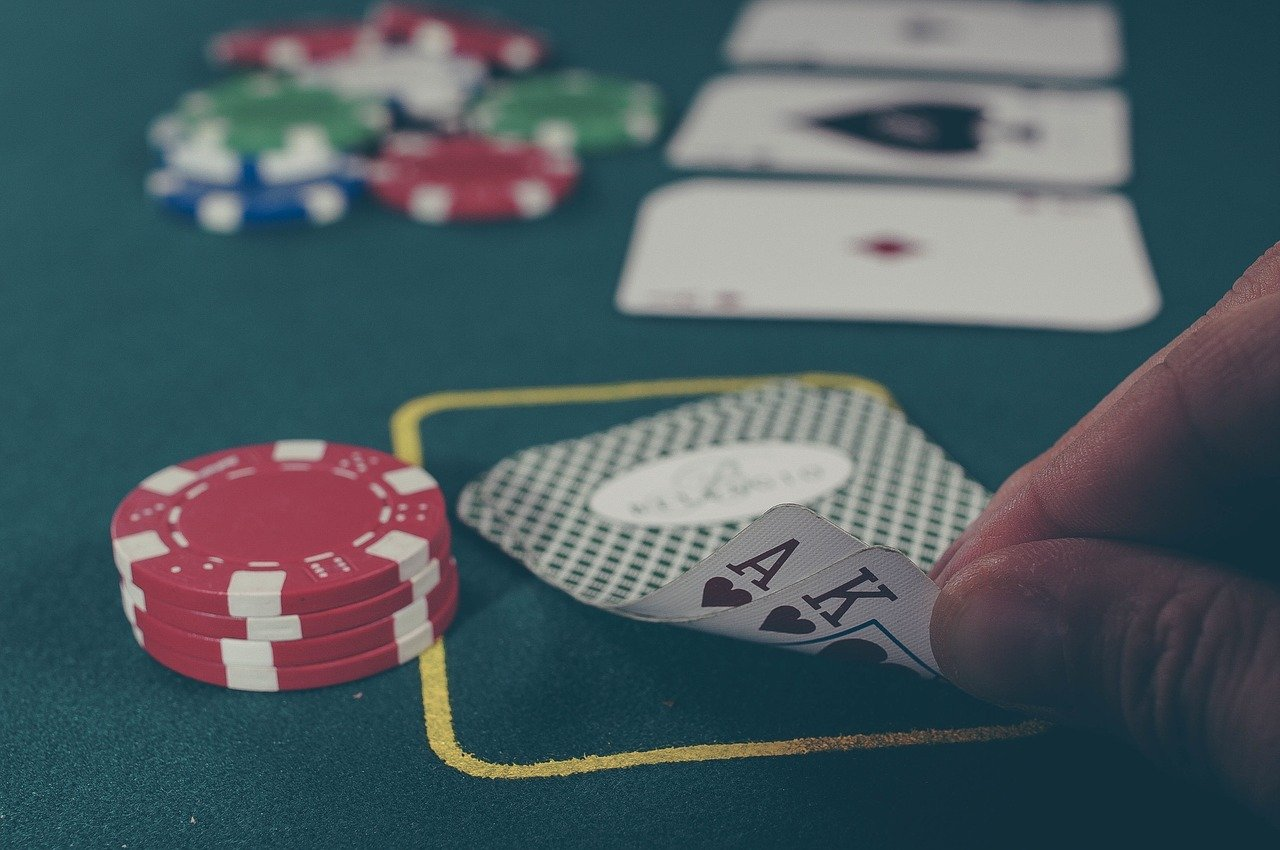Time for Apple to update their Texas Hold'em game to stay competitive?