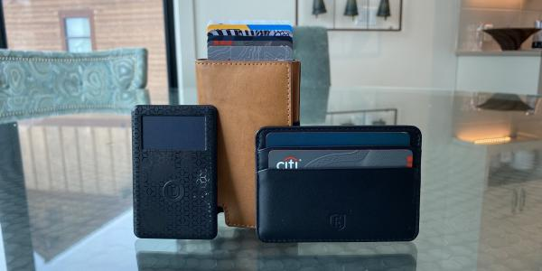 Review: Ekster smart wallets offer Siri…