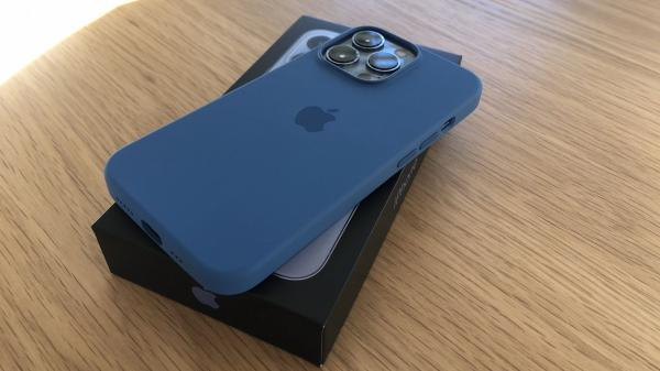 First Impressions From New iPhone 13 and…
